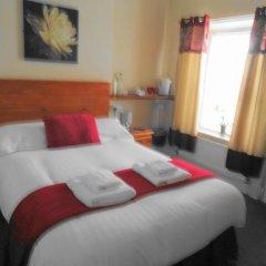 Отель Lyndhurst Guest House 3* Стандартный номер с двуспальной кроватью