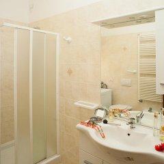 Отель Residence Maryel Италия, Римини - отзывы, цены и фото номеров - забронировать отель Residence Maryel онлайн ванная