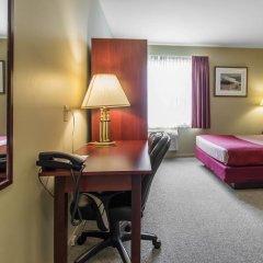 Отель Econo Lodge Montmorency Falls Канада, Буашатель - отзывы, цены и фото номеров - забронировать отель Econo Lodge Montmorency Falls онлайн в номере