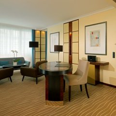 Отель The Westin Grand Munich комната для гостей фото 5