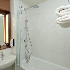 Отель Campanile Nice Airport 3* Улучшенный номер с различными типами кроватей фото 5