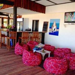 Отель Funky Fish Beach & Surf Resort Фиджи, Остров Малоло - отзывы, цены и фото номеров - забронировать отель Funky Fish Beach & Surf Resort онлайн гостиничный бар