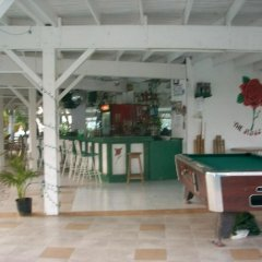 Отель Seacastles Vacation Penthouse гостиничный бар