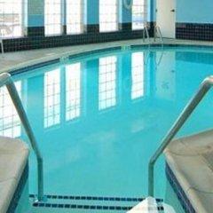 Отель Mainstay Suites Frederick бассейн