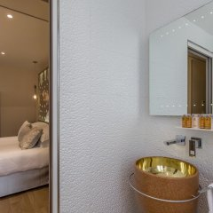 Отель Les Bulles De Paris Франция, Париж - 1 отзыв об отеле, цены и фото номеров - забронировать отель Les Bulles De Paris онлайн ванная фото 2