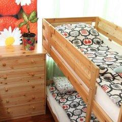 Хостел Friday Кровать в общем номере с двухъярусными кроватями фото 18