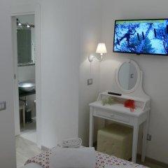 Отель Your Vatican Suite Номер категории Эконом с различными типами кроватей фото 2