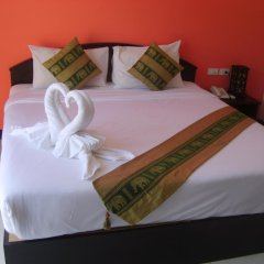 Отель Patong Bay Guesthouse 2* Улучшенный номер с различными типами кроватей фото 5