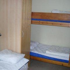 City Apartment Hotel 2* Номер с общей ванной комнатой с различными типами кроватей (общая ванная комната) фото 3