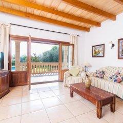 Отель Can Berguins комната для гостей фото 2