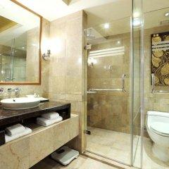 Royal Orchid Sheraton Hotel & Towers 5* Номер Делюкс с разными типами кроватей фото 3