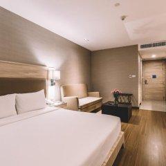 Отель Adelphi Suites Bangkok 4* Студия с различными типами кроватей фото 12
