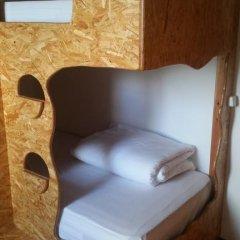 Отель Guest House Host O Morro Кровать в мужском общем номере с двухъярусными кроватями фото 18