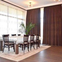 Отель Club House Artemida Болгария, Правец - отзывы, цены и фото номеров - забронировать отель Club House Artemida онлайн питание