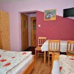 Отель Pokoje Gościnne U Babci Закопане комната для гостей фото 3