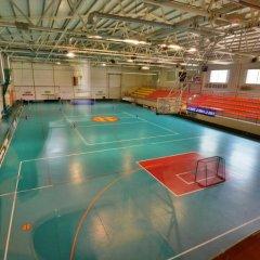 Отель Kocēnu sporta nama hostelis спортивное сооружение
