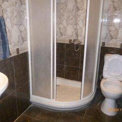 Отель Tonratun Hotel Армения, Цахкадзор - отзывы, цены и фото номеров - забронировать отель Tonratun Hotel онлайн ванная