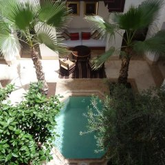 Отель Riad Matham Марокко, Марракеш - отзывы, цены и фото номеров - забронировать отель Riad Matham онлайн бассейн фото 3
