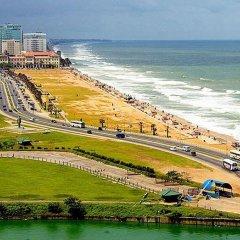 Отель Sea View Monarch Apartment Шри-Ланка, Коломбо - отзывы, цены и фото номеров - забронировать отель Sea View Monarch Apartment онлайн пляж фото 2