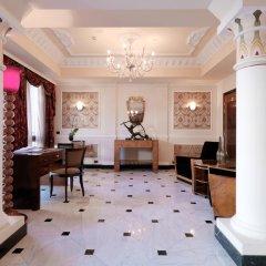 Baglioni Hotel Carlton 5* Номер Делюкс с двуспальной кроватью