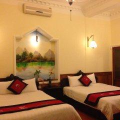 Hue Home Hotel 3* Улучшенный номер с 2 отдельными кроватями фото 5