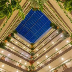 Отель Three Seasons Place