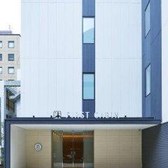 Отель First Cabin Atagoyama Япония, Токио - отзывы, цены и фото номеров - забронировать отель First Cabin Atagoyama онлайн балкон