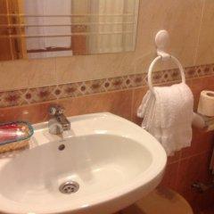 Отель Hostal Plaza Каррисо ванная