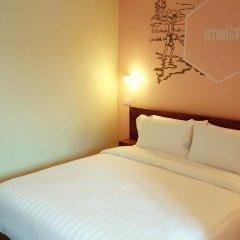Хостел Siri Poshtel Bangkok Стандартный номер с двуспальной кроватью (общая ванная комната) фото 2