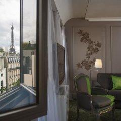 Renaissance Paris Hotel Le Parc Trocadero балкон