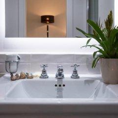 Отель Amalfi Luxury House 2* Люкс с различными типами кроватей фото 12