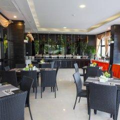 Отель Golden Tulip Essential Pattaya 4* Улучшенный номер с различными типами кроватей фото 17