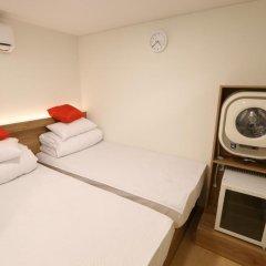 Отель STEP INN Myeongdong 1 3* Номер категории Эконом с различными типами кроватей фото 2