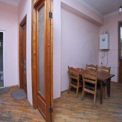 Отель Guest House Beautiful Tbilisi в номере