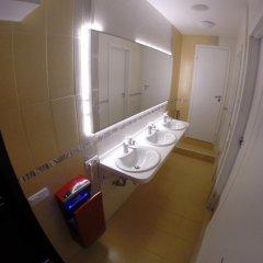 Гостиница HQ Hostelberry Кровать в общем номере двухъярусные кровати фото 42
