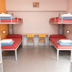 Barcelona Pere Tarrés Hostel Кровать в общем номере с двухъярусной кроватью фото 3