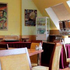 Отель Kaiser Германия, Берлин - отзывы, цены и фото номеров - забронировать отель Kaiser онлайн гостиничный бар