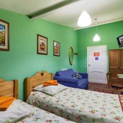 Хостел Друзья на Банковском Номер с общей ванной комнатой с различными типами кроватей (общая ванная комната) фото 11