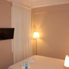 Отель B&B Hi Valencia Boutique 3* Стандартный номер с различными типами кроватей фото 27