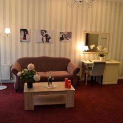 Гостиница Ajur 3* Люкс двуспальная кровать фото 6