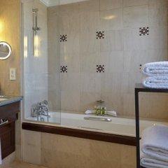Отель Hôtel Pont Royal 5* Улучшенный номер с различными типами кроватей