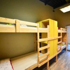 Fabrika Hostel Кровать в общем номере фото 5