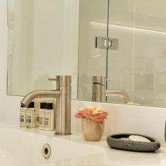 Отель Sweet Inn Place des Vosges Париж ванная