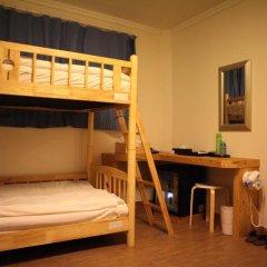 Отель Atti Guesthouse 2* Кровать в мужском общем номере с двухъярусной кроватью фото 4