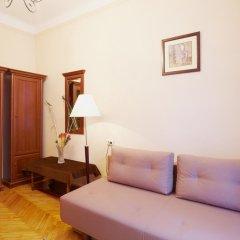 Гостиница Pylnykarska 6 комната для гостей фото 3