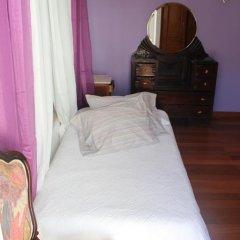 Хостел Ericeira Chill Hill Hostel & Private Rooms Стандартный номер с двуспальной кроватью (общая ванная комната) фото 20