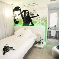 Отель Dormirdcine Cooltural Rooms Испания, Мадрид - отзывы, цены и фото номеров - забронировать отель Dormirdcine Cooltural Rooms онлайн комната для гостей фото 4