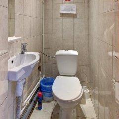 Мини-отель Брусника у метро Красносельская Номер с общей ванной комнатой с различными типами кроватей (общая ванная комната) фото 15
