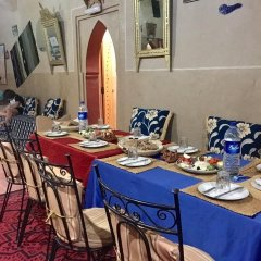 Отель Merzouga Riad and Bivouac Excursion Марокко, Мерзуга - отзывы, цены и фото номеров - забронировать отель Merzouga Riad and Bivouac Excursion онлайн питание