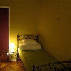 Отель Hostelik Wiktoriański Стандартный номер с 2 отдельными кроватями (общая ванная комната)